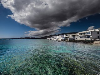 OFERTA:Casita frente al mar con Terraza, hamacas e Internet, Parkin privado.