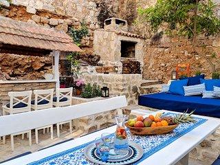 Casa Hoba- Beachfront family friendly house