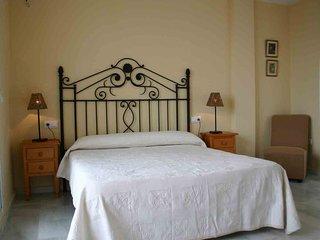 Adosado 4 dormitorios, 3 plantas, y espectaculares vistas al mar.Piscina privada
