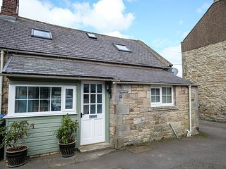 THE FORGE, two bedrooms, woodburner, parking, in Powburn, Alnwick, Ref 946582