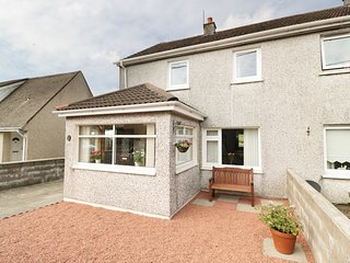 16 BRIDGE OF ALDOURAN, dog-friendly, countryside views, Stranraer 3 miles, Ref 9