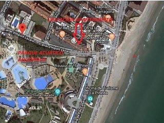 Apartamento con vistas a la playa y Aquópolis