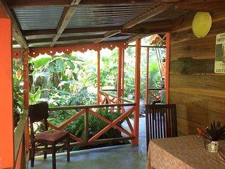 Casa CHIQUITA - El Jardin de Playa Negra