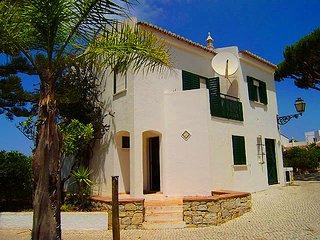 2 bedroom Villa in Vale do Lobo, Faro, Portugal : ref 5479933