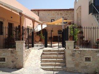 Mikon House, Sivas, Crete.