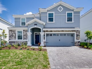 1658MVD Amazing Champions Gate 8 Bedroom 5 Bath