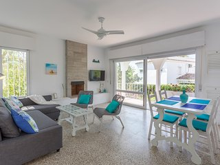 Cosy Beach Villa in Marbesa (Marbella) 200 meters from the Beach