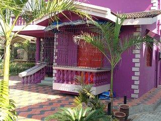 Detached 3 Bedroom en-suite Beach Villa Sunset Sea View with private Patio