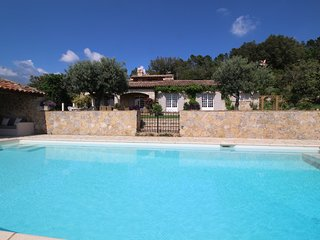 Exceptional  dream house in Montauroux, Var, heated pool, pets allowed