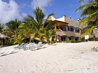 Tankah Inn - Uxmal, A Real Bed&Breakfast on Beach in Mexico's Riviera Maya.
