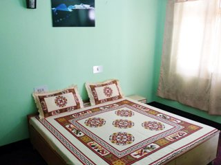 Gakyi Homestay (Bedroom 2)