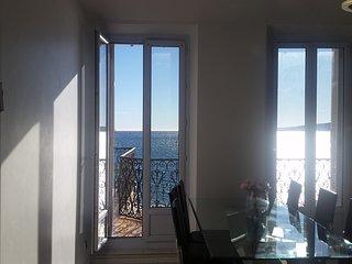 Appartement exceptionnel front de mer et ceour de ville