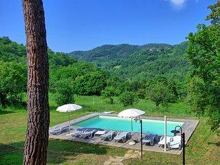 3 bedroom Villa in Castiglion Fiorentino, Tuscany, Italy : ref 5240814