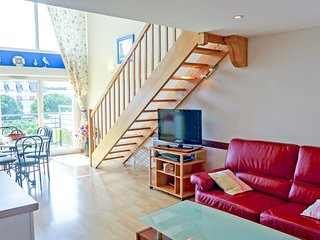 2 bedroom Apartment in Cabourg, Normandy, France : ref 5513448
