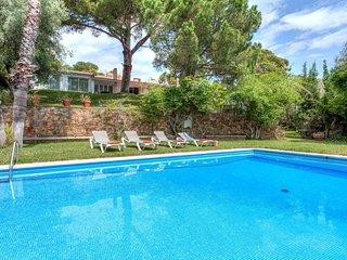 6 bedroom Villa in Sant Antoni de Calonge, Catalonia, Spain : ref 5581176