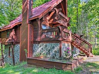 Gatlinburg Cabin w/ Private Hot Tub & Fire Pit!