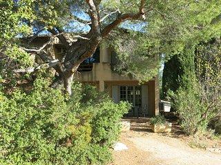 1 bedroom Apartment in Paradou, Provence-Alpes-Cote d'Azur, France : ref 5443376