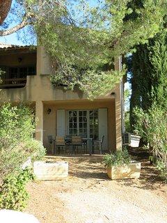 2 bedroom Apartment in Paradou, Provence-Alpes-Cote d'Azur, France : ref 5443372