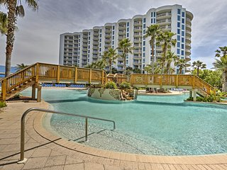 NEW! Destin Resort Condo w/Balcony - Walk to Beach