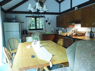Beautiful 4 Bedroom Home in White Mountains New Hampshire near Waterville Valley