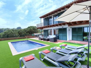 4 bedroom Villa in Lloret de Mar, Catalonia, Spain : ref 5547035