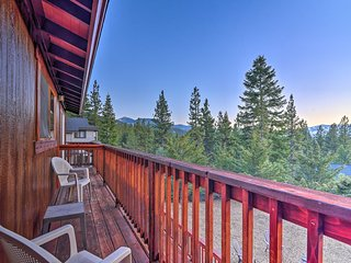 South Lake Tahoe 'Mountain View Lodge' w/ Hot Tub!