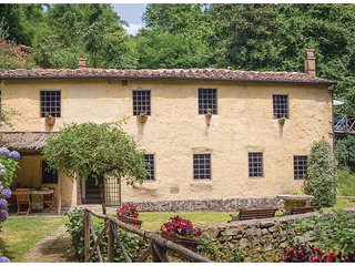 2 bedroom Villa in Piangrande, Tuscany, Italy : ref 5540453