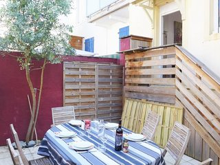 2 bedroom Villa in Biarritz, Nouvelle-Aquitaine, France : ref 5029300