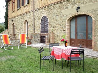 1 bedroom Apartment in Podere Sant'Elisa, Tuscany, Italy : ref 5583198