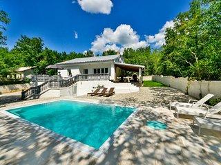 2 bedroom Villa in Grizane, Primorsko-Goranska Zupanija, Croatia : ref 5606840