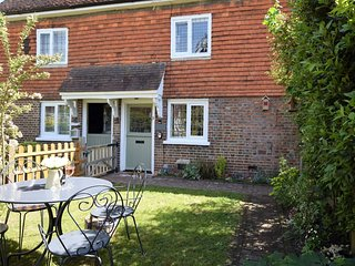 59591 Cottage situated in Edenbridge (4mls SE)