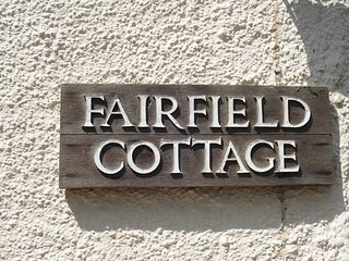 Fairfield Cottage - Lovely North Herefordshire Country Cottage by Village green