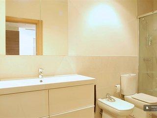 Charming 2 bedroom Apartment in San Sebastian (FC8328)