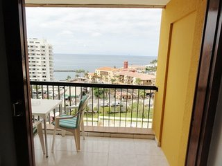 Apartment Playa View, Las Americas (sea view, pool, wifi)