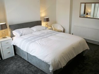 Apartment 1 Willow Lodge Apartments (Self-catering holiday apartments) Ground F