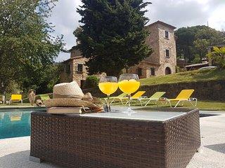 Villa Can Prats Masia Catalana del Siglo XIX