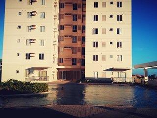 I.T. Park Views, Cozy Studio Type Condo, Near Restaurants