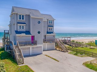 New River Inlet Rd 1176 Oceanfront! | Internet, Jacuzzi