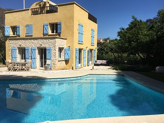 Luxury Villa in Cap d'Antibes 5 mins from the Garoupe Beach and Eden Roc