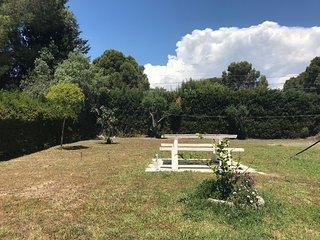 105D Casa individual con gran jardín privado + barbacoa