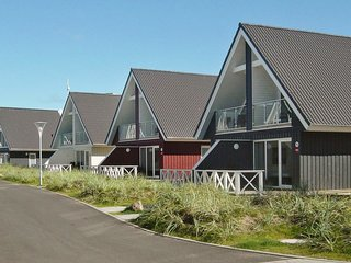 Wendtorf Holiday Home Sleeps 6 with WiFi - 5081652