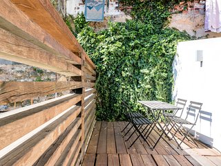 Cozy apartment with terrace in Bairro Alto
