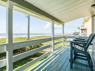NEW LISTING! Beachfront home w/wrap-around deck, patio & shared pools-2 dogs OK!