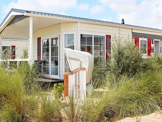 Scharbeutz Holiday Home Sleeps 5 with WiFi - 5829282