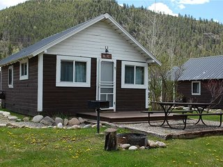 Larger Studio Cabin at Three Rivers Resort in Almont (#10)