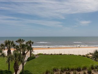 DIRECT OCEANFRONT CORNER UNIT 731!! OVER 2000 SQ FT OF OCEAN FRONT BLISS!!!
