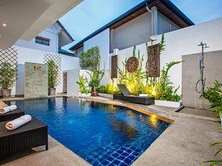 Garden & Pool View - Villa Hau