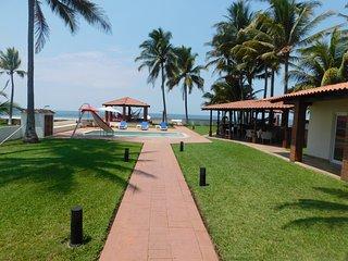 Casa Suncita, Private Beachfront Villa