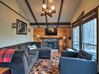 Cozy Cabin 1 Mi to Slopes at Beech Mountain Resort