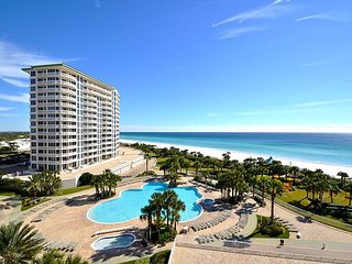 3BR/3BA Lux Silver Shells Condo ~ Low Pre-Hurricane Rates still in Place!